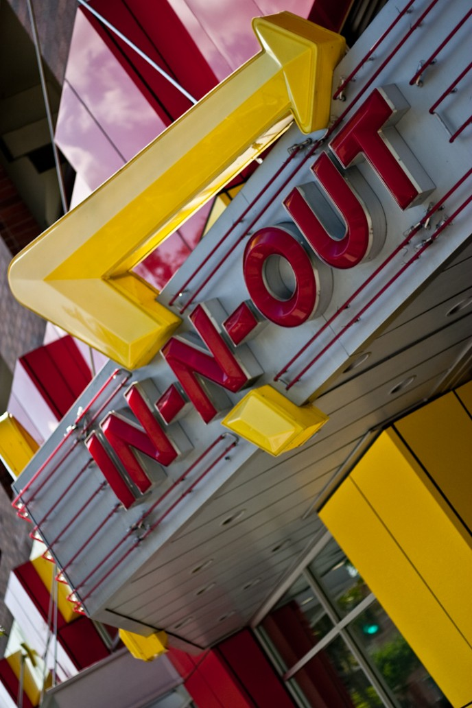 in-n-out, southern california, hamburgers, burger joints, french fries, papas fritas, glendale, ca, usa, inc1979, Jaime Morales
